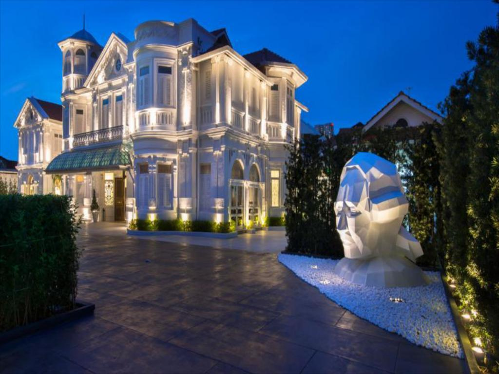 Best Price On Eight Rooms