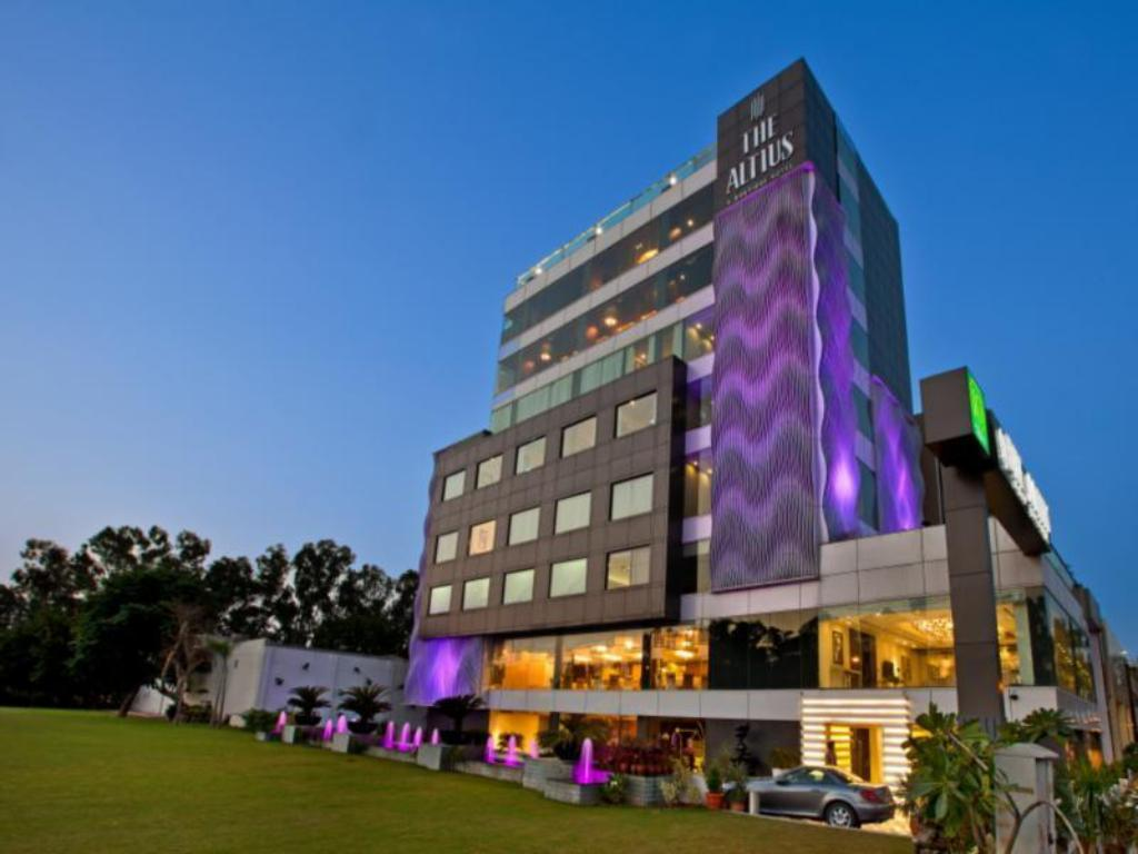 A Boutique Hotel Best Price On The Altius A Boutique Hotel In Chandigarh Reviews
