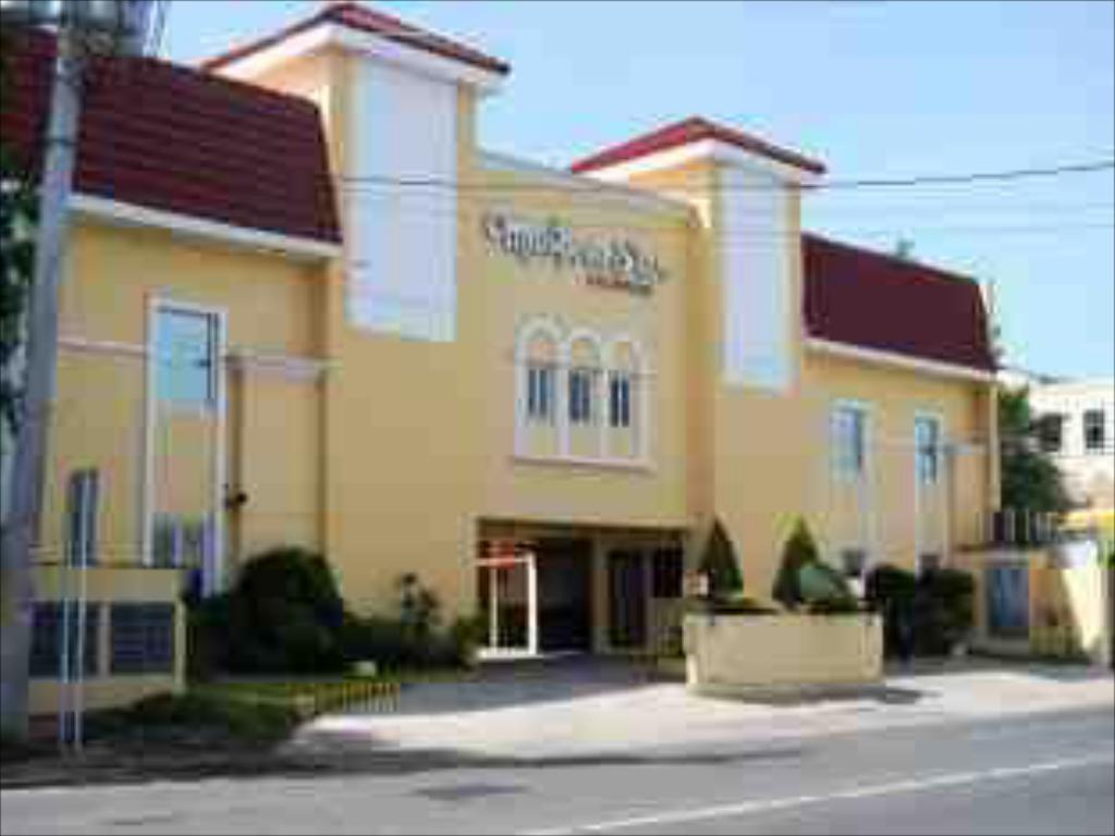 Mariposa Budget Hotel Sta Rosa Laguna