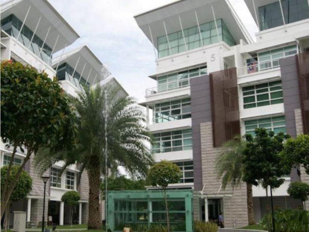 More About Hotel Laman Seri Sec 13