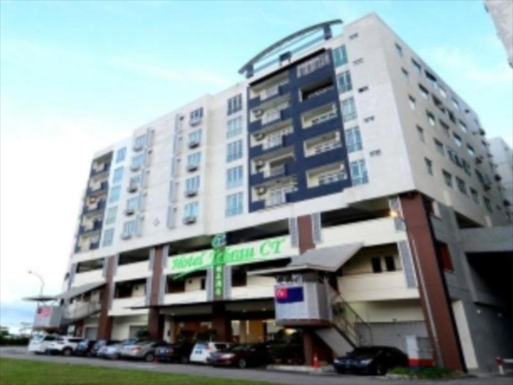 Hotel Tebrau Ct