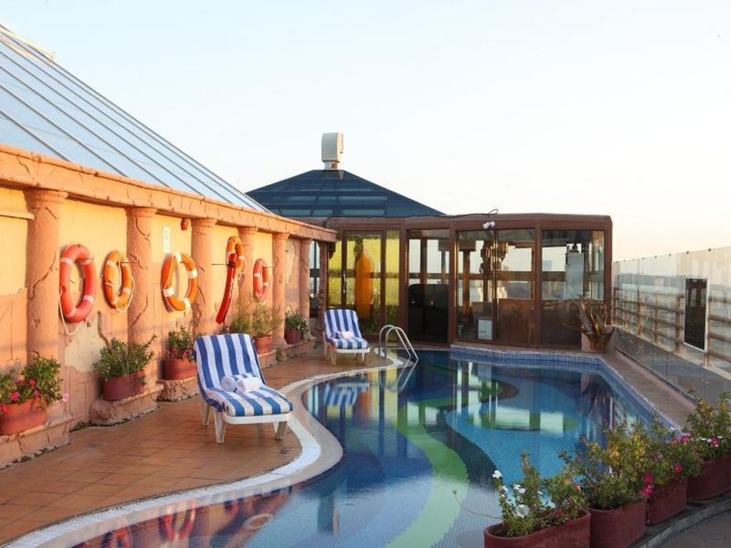 Best price on sea view hotel in dubai reviews - Dubai airport swimming pool price ...
