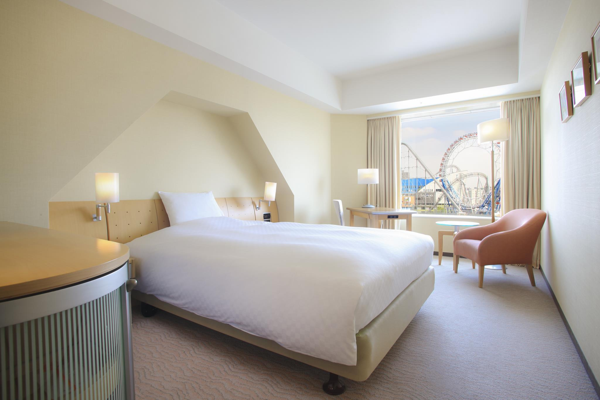 Best price on tokyo dome hotel in tokyo reviews for Japan dome house cost