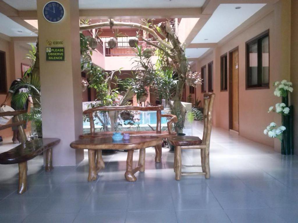 Hotel Reviews of Boracay Studio Apartments Boracay Island ...