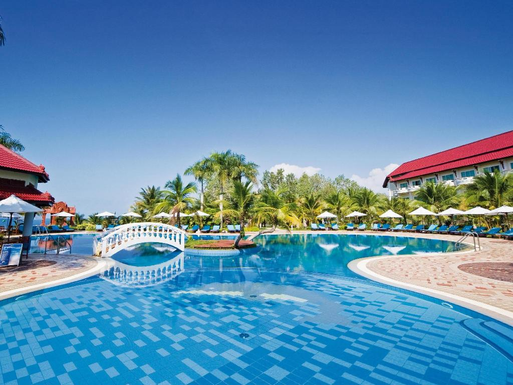 Best Price On Sokha Beach Resort In Sihanoukville Reviews