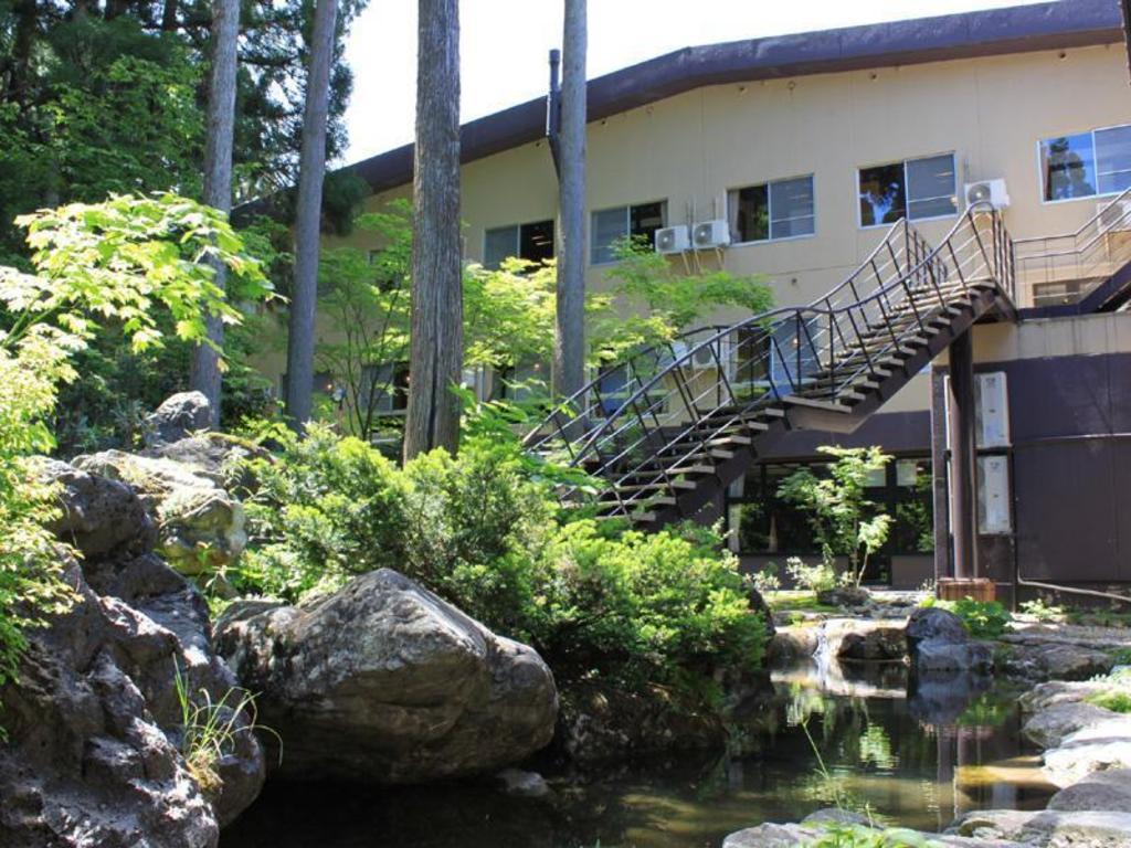 Best Price on Ichirino Kogen Hotel Roan in Kaga + Reviews