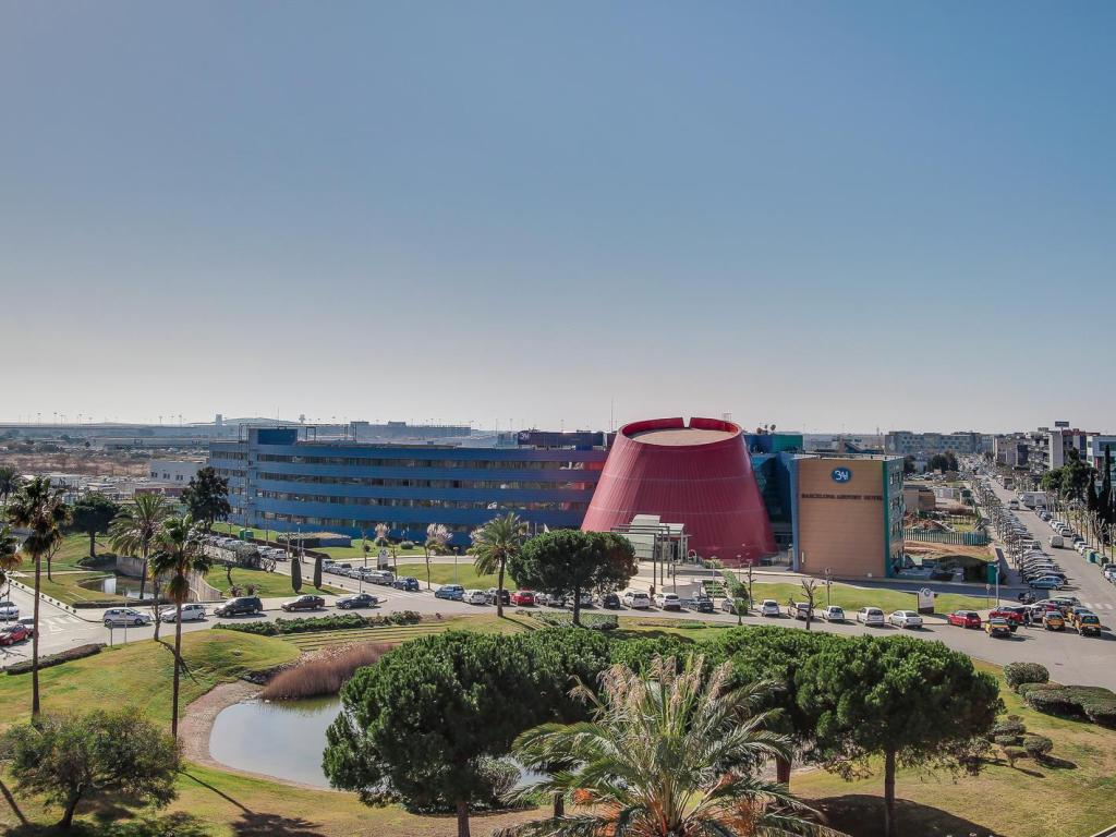 More About Barcelona Airport Hotel