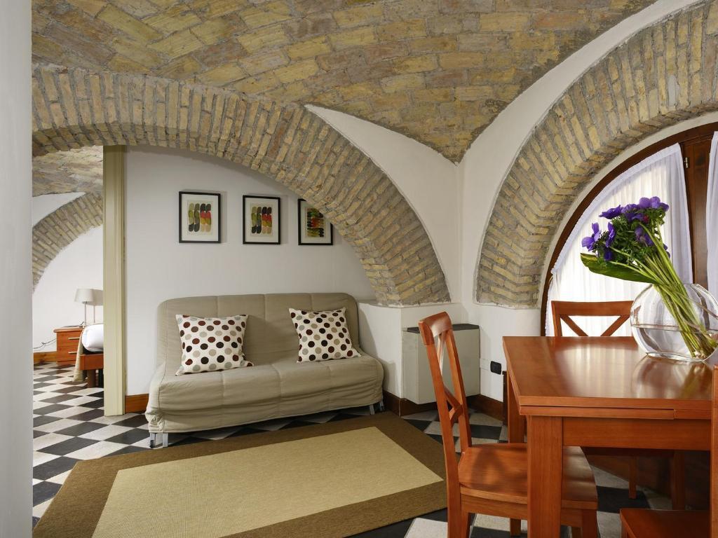 Best Price on Roma Resort Termini in Rome + Reviews!