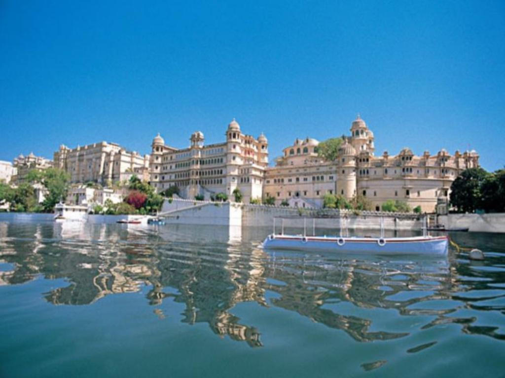 Image result for Shiv Niwas Palace Udaipur