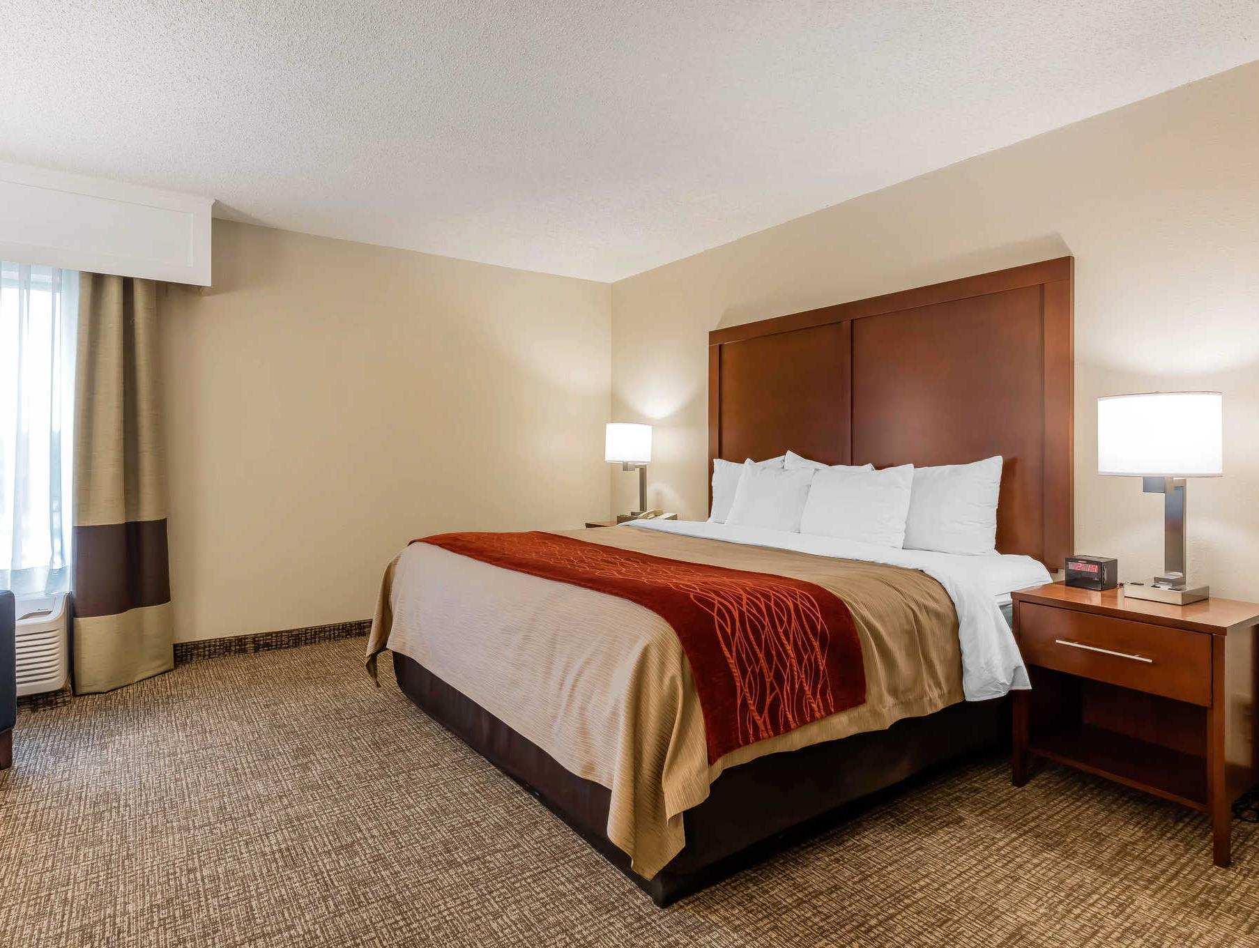 comfort pool inn stratus mcminnville hotels or se ave of suites comforter reservations z