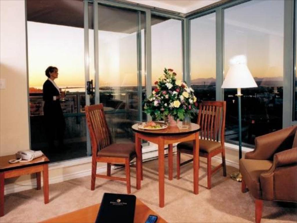 Executive Airport Plaza Hotel Richmond