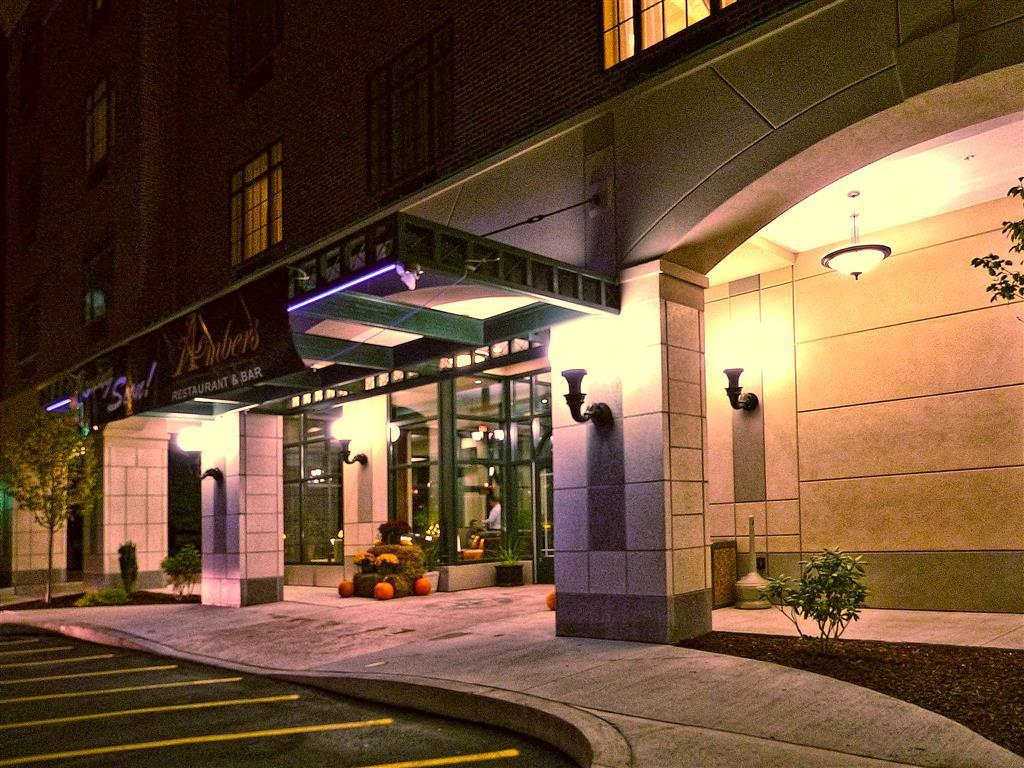 More About Carbondale Grand Hotel Conference Center