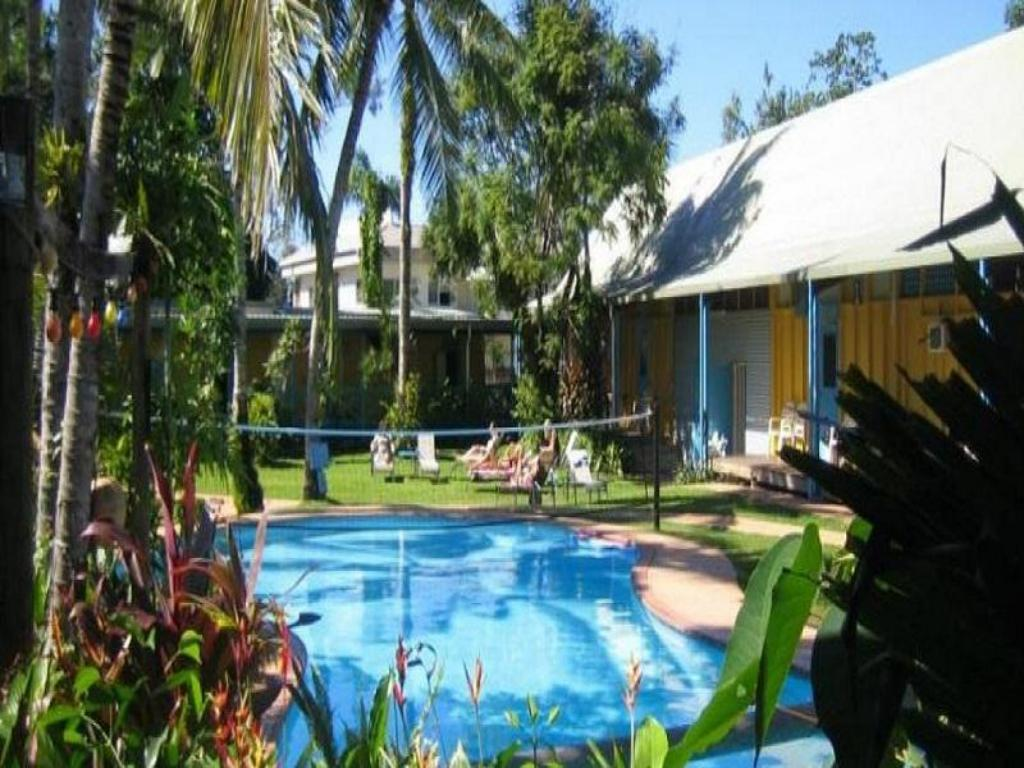 More About Scottys Mission Beach Yha