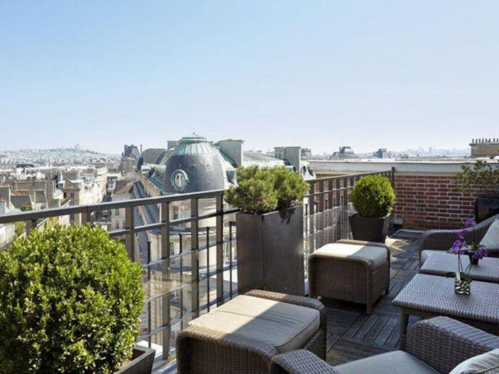 Best price on pont royal in paris reviews for 15 royal terrace reviews