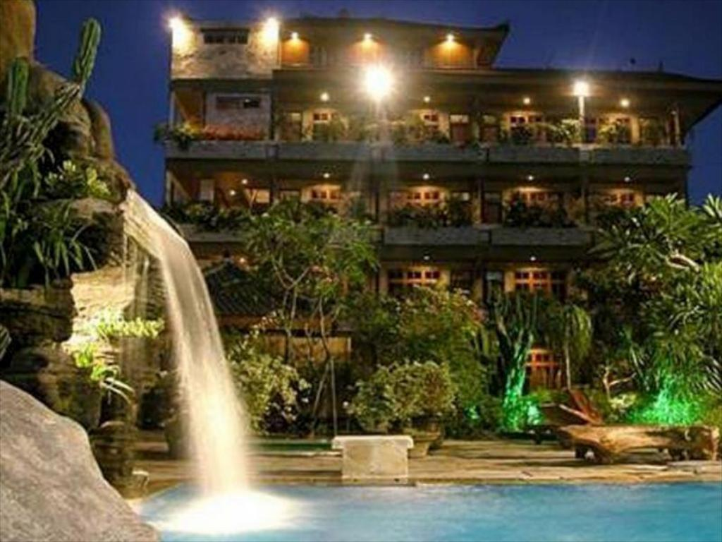 Hotel Fiesta Garden Beach Resort