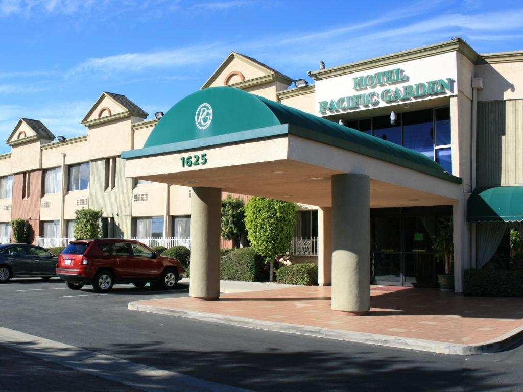 Best price on hotel pacific garden in los angeles ca for Hotels 90028