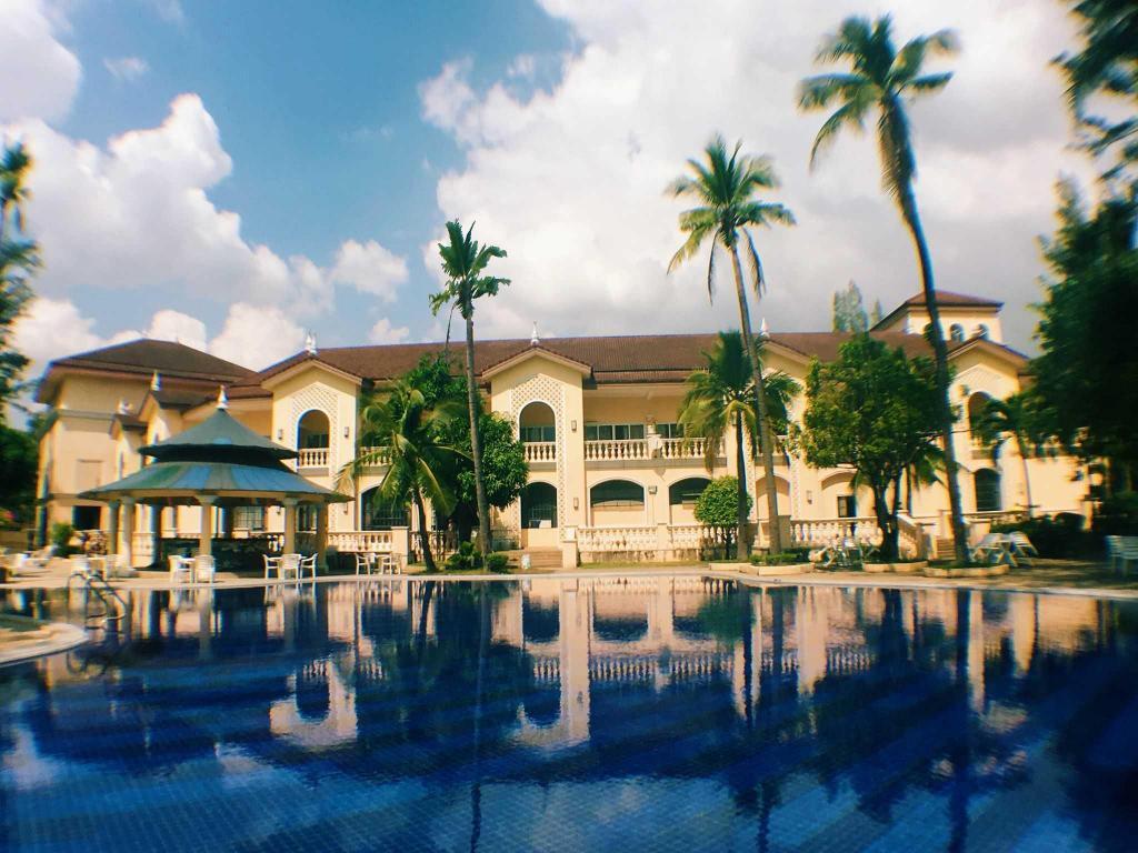 Club Morocco Beach Resort Subic