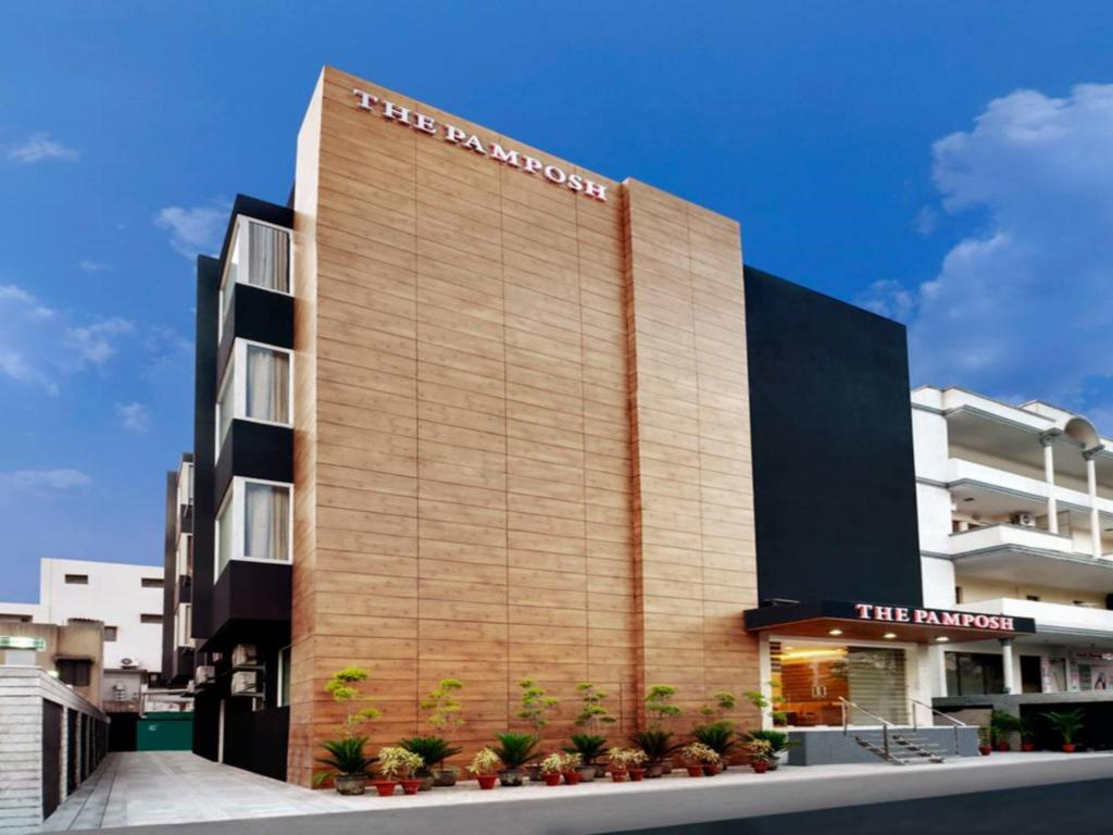 Hotel Pulse Impulse Best Price On Hotel The Pamposh New Delhi In New Delhi And Ncr