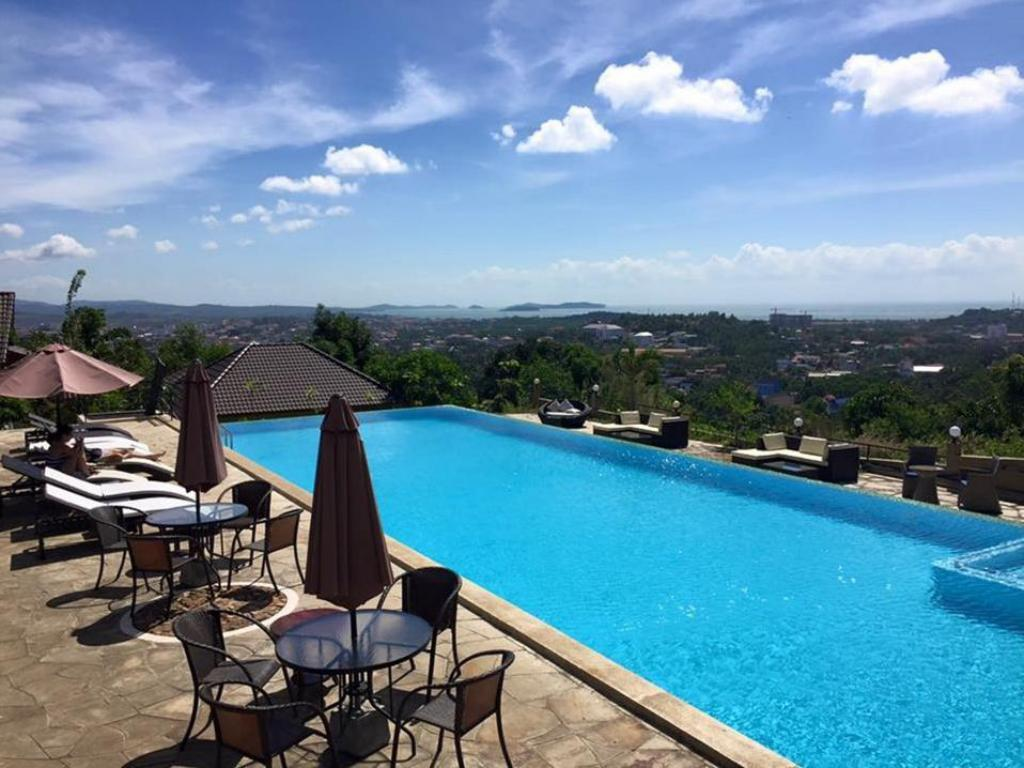 Hotel Castle Blue Best Price On Hotel And Spa Victory Castle Villa In Sihanoukville