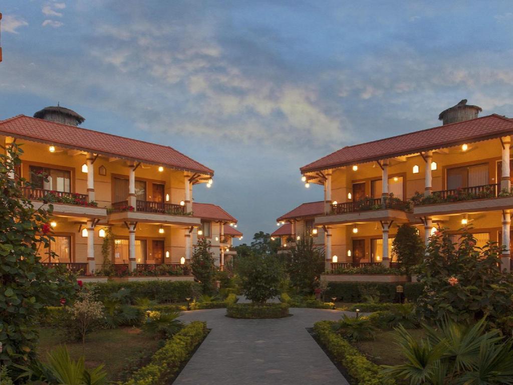 best price on green park resort chitwan in chitwan reviews. Black Bedroom Furniture Sets. Home Design Ideas
