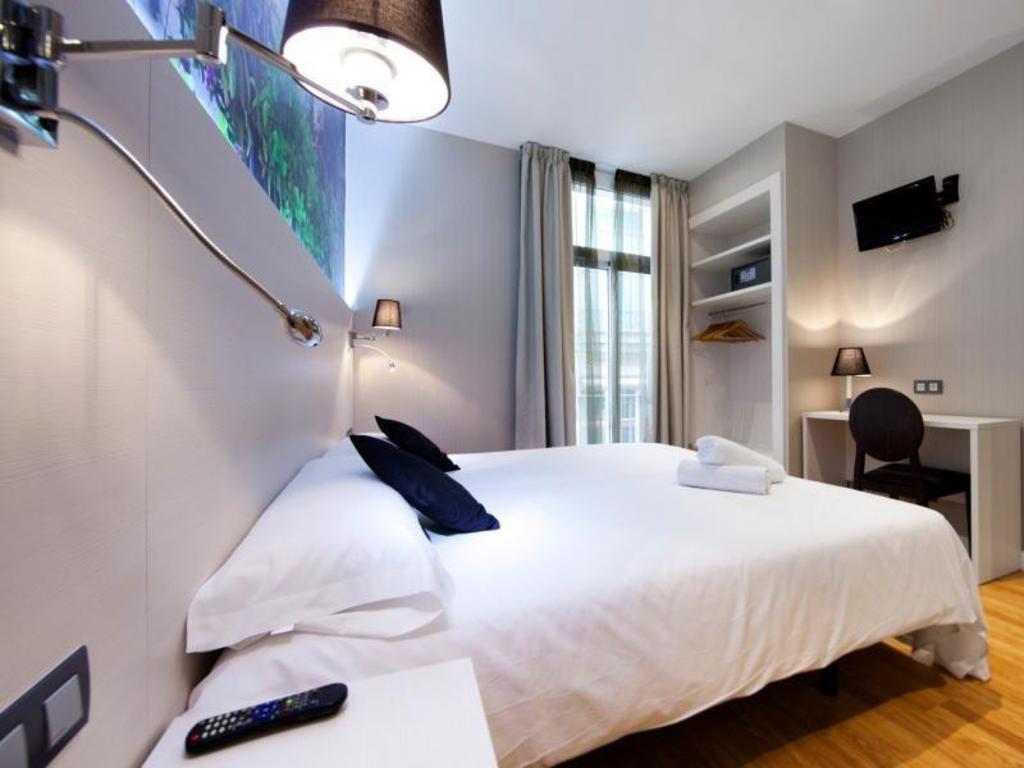 Hotel Internacional Ramblas Cool Best Price On Hostal Bcn Ramblas In Barcelona Reviews