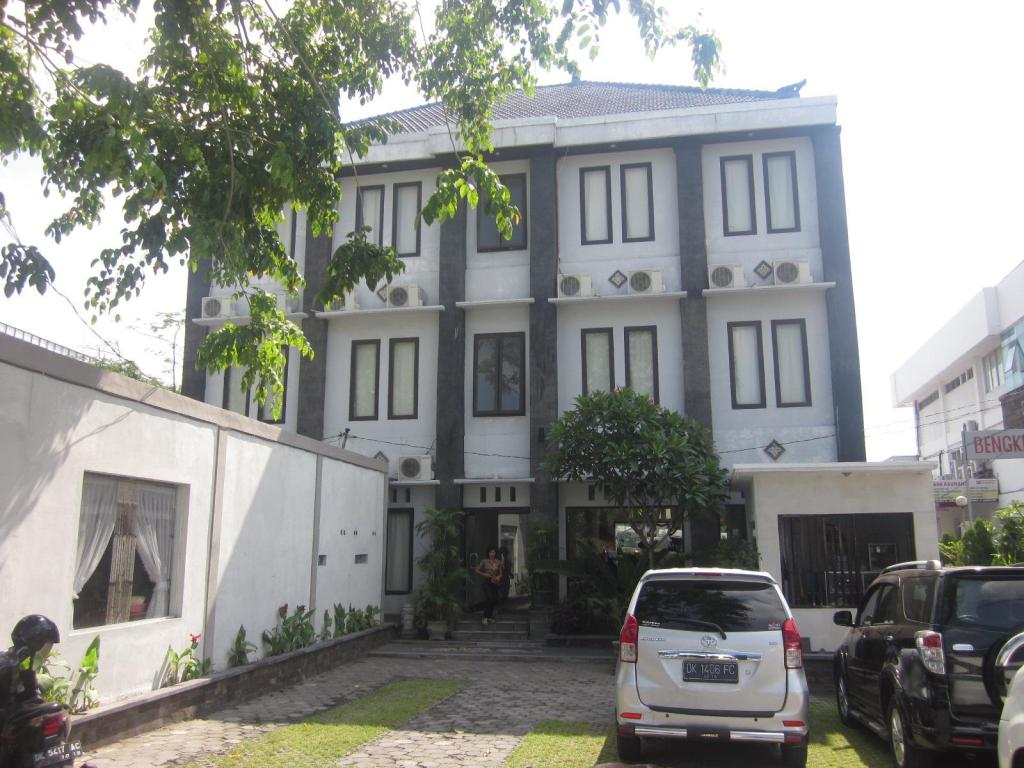 More About Hotel Warta Dua