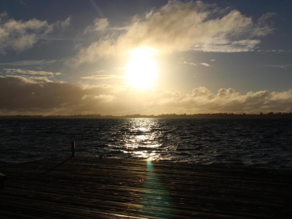 波拉波拉岛波拉波拉生态小屋 (bora bora ecolodge)