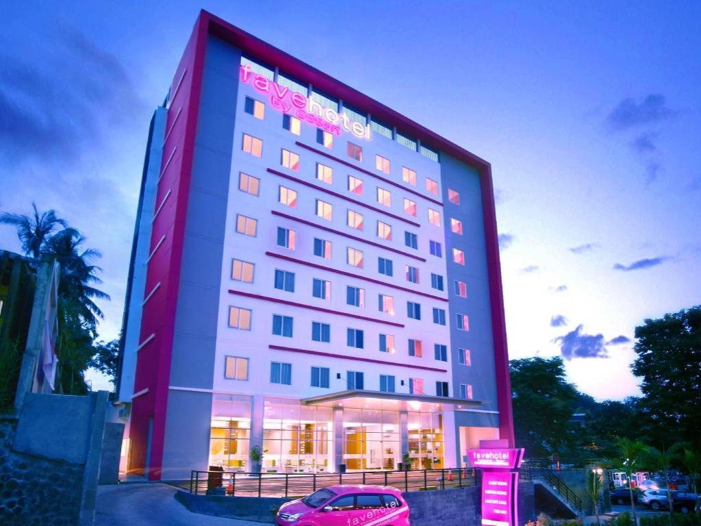 More About Favehotel Padjajaran Bogor