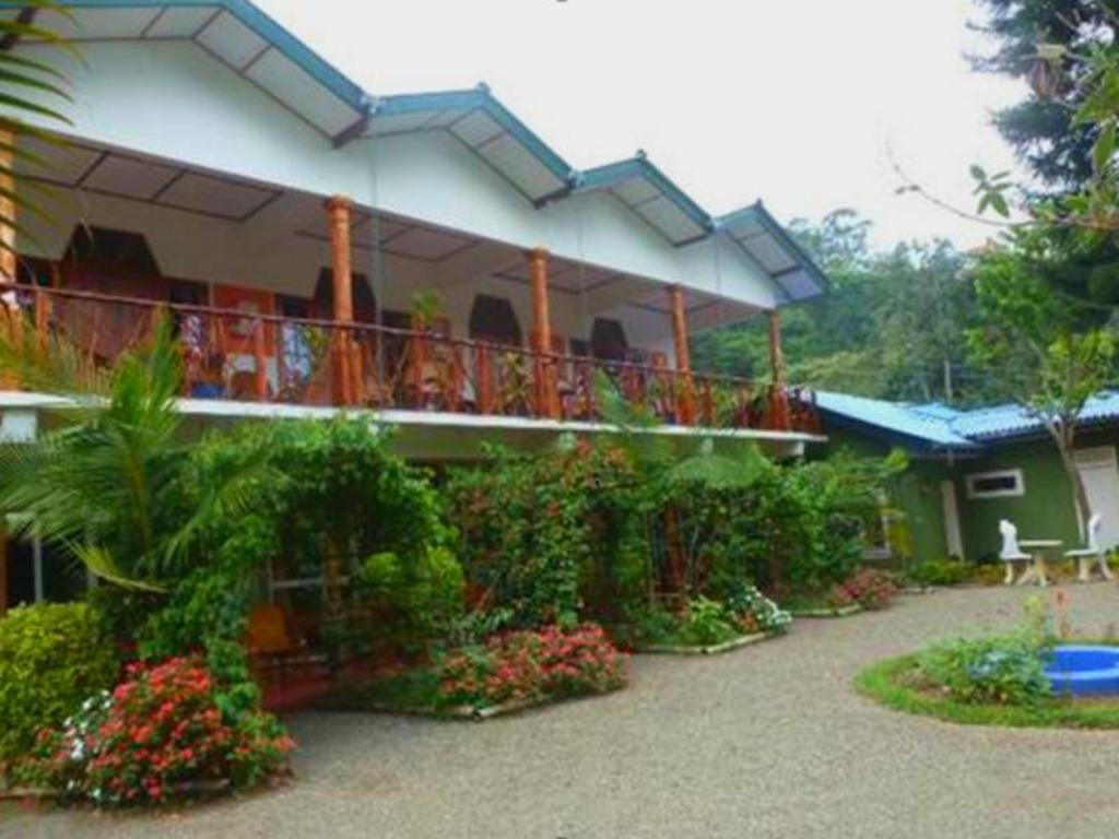 Best Price on Hotel Blue Wings in Bandarawela + Reviews