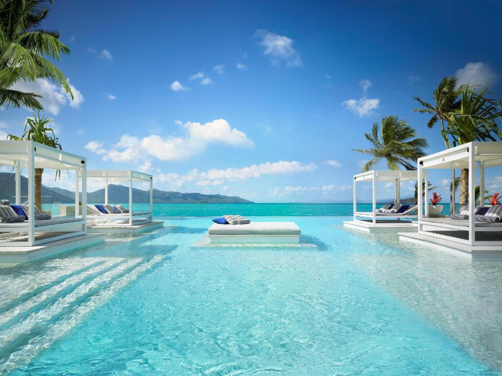 Best price on one only hayman island resort in for Busatta piscine