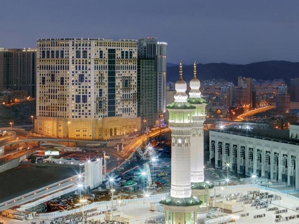 Anjum Hotel Makkah Room