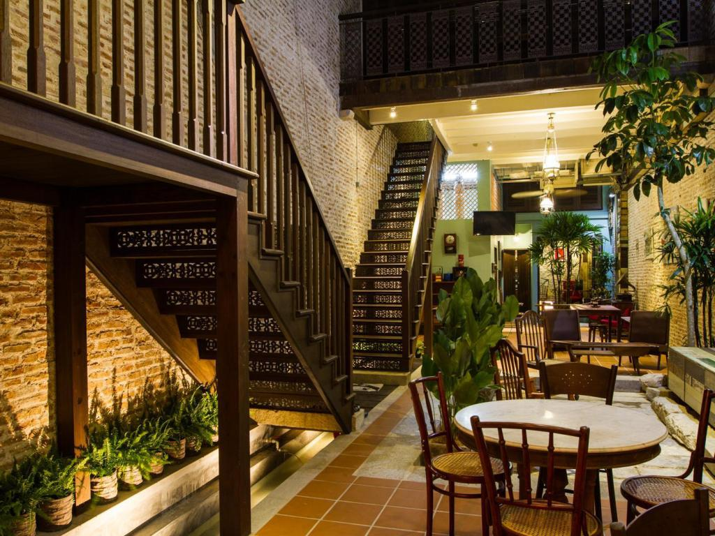 Hotel Silver Shine Best Price On You Le Yuen Guesthouse In Penang Reviews
