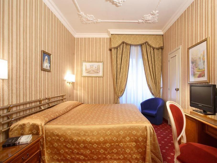 Best Price on Eliseo Hotel in Rome Reviews