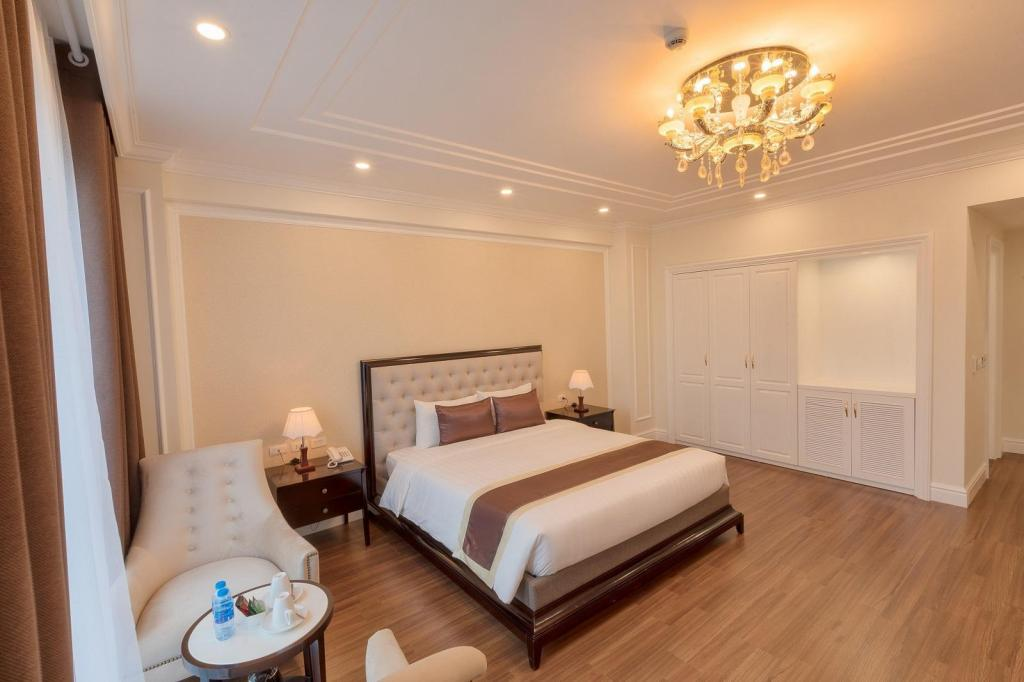 shequangshang_adonis hanoi hotel