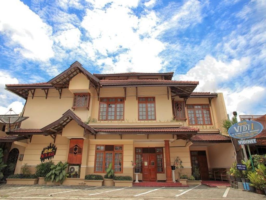 More About Hotel Vidi 1