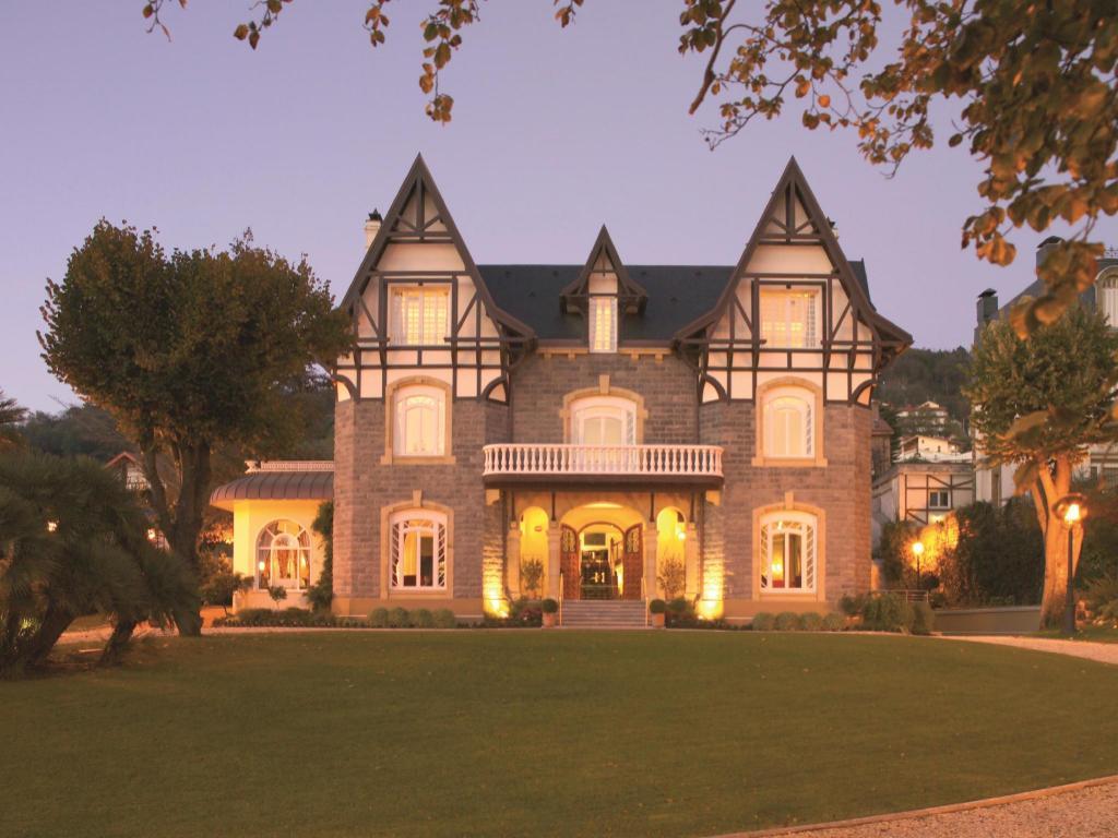 More About Hotel Villa Soro