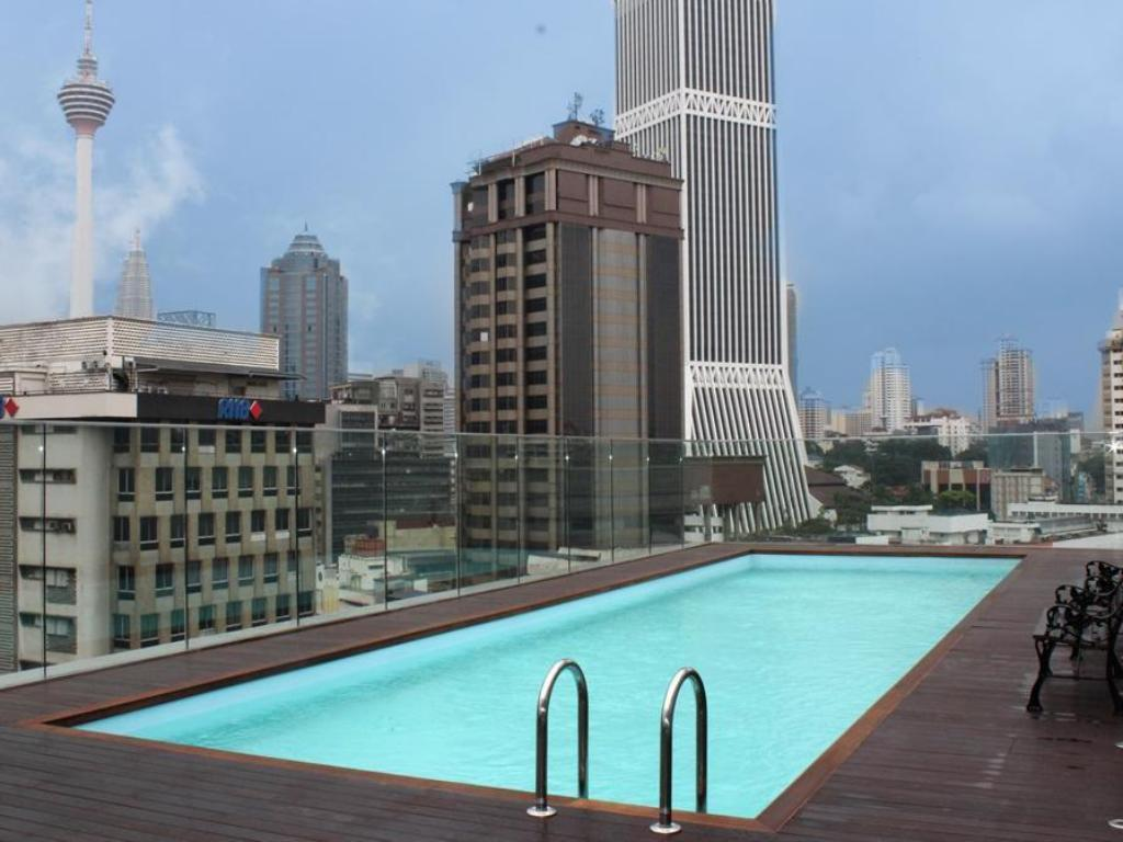 Pacific express hotel central market in kuala lumpur room deals photos reviews for Best hotel swimming pool in kuala lumpur