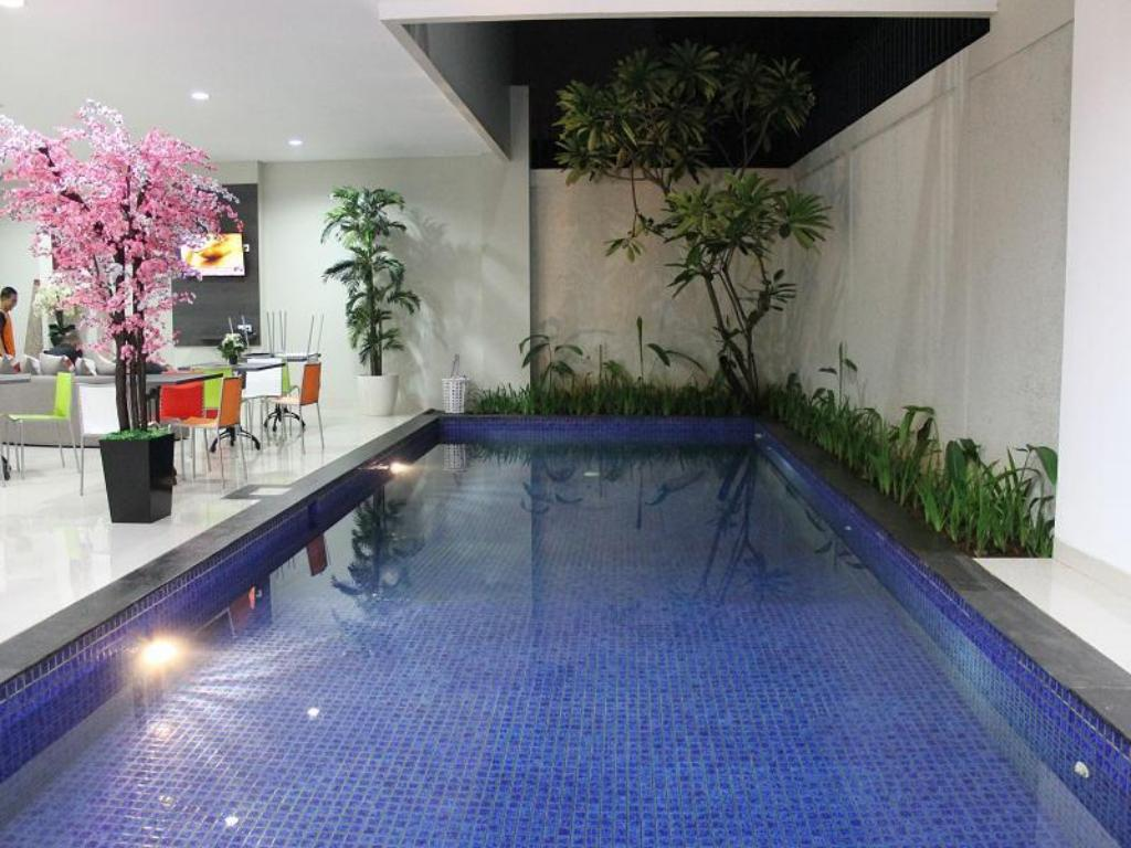 Best Price On The Mansion Cipete In Jakarta Reviews