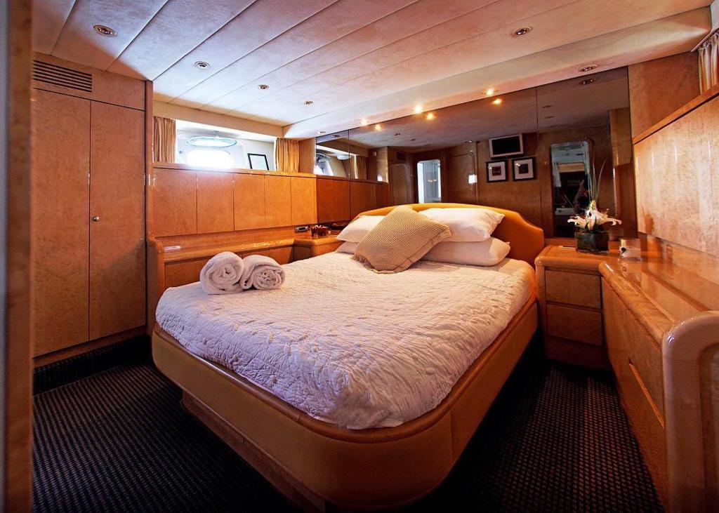 超漂亮mm在宾馆图片_新西兰皇后镇太平洋加美豪华超级游艇饭店 (pacific jemm - luxury su