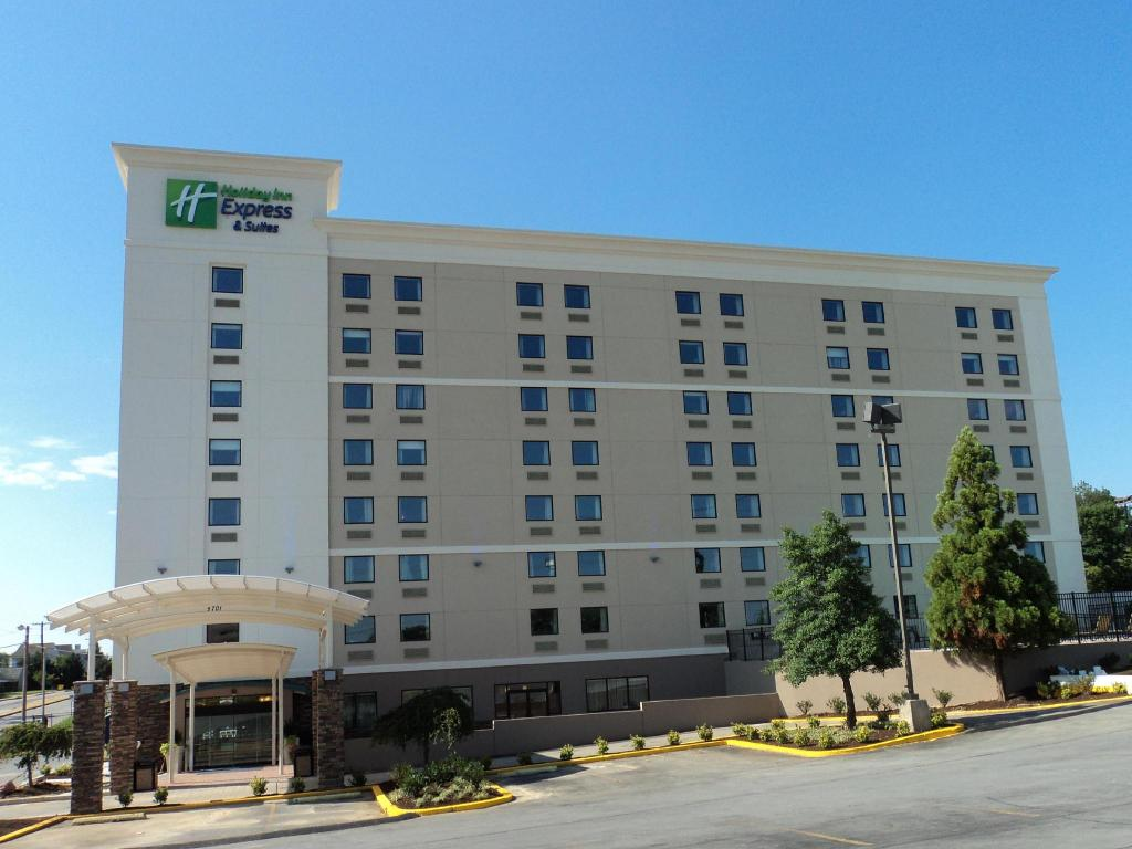 More About Holiday Inn Express Baltimore West Catonsville