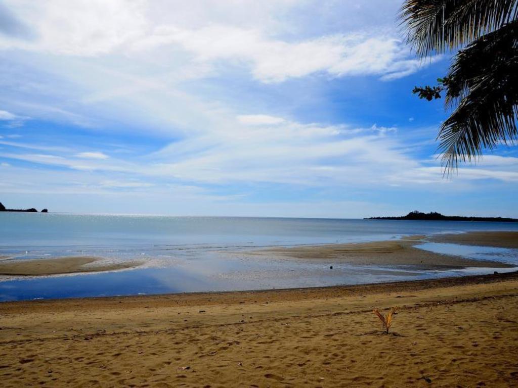 Nabulao Beach Resort Hinobaan