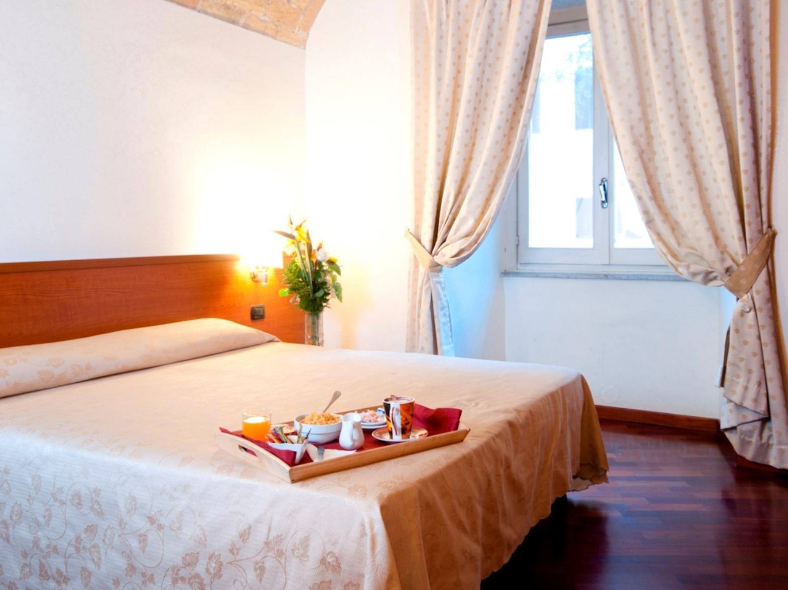 Best Price On Priscilla Hotel In Rome Reviews # Muebles Dayer Esperanza