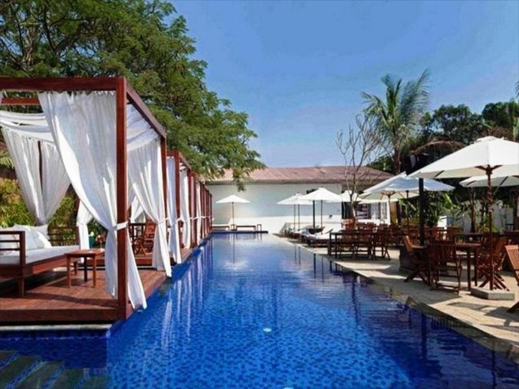 SinQ - The Party Hotel in Goa - Room Deals, Photos & Reviews