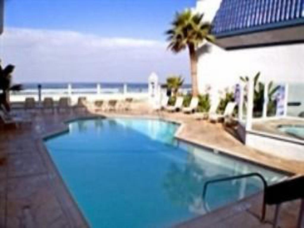 Blue sea beach hotel in san diego ca room deals - Clairemont swimming pool san diego ca ...