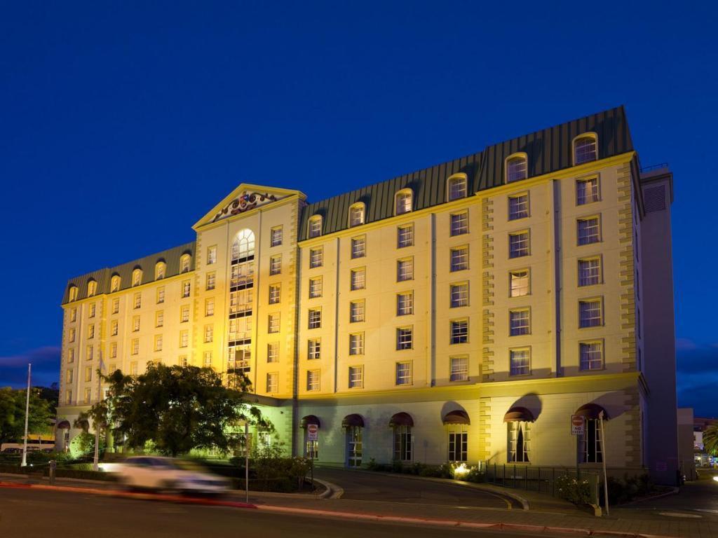 Grand Chancellor Launceston Hotel in Australia - Room ...