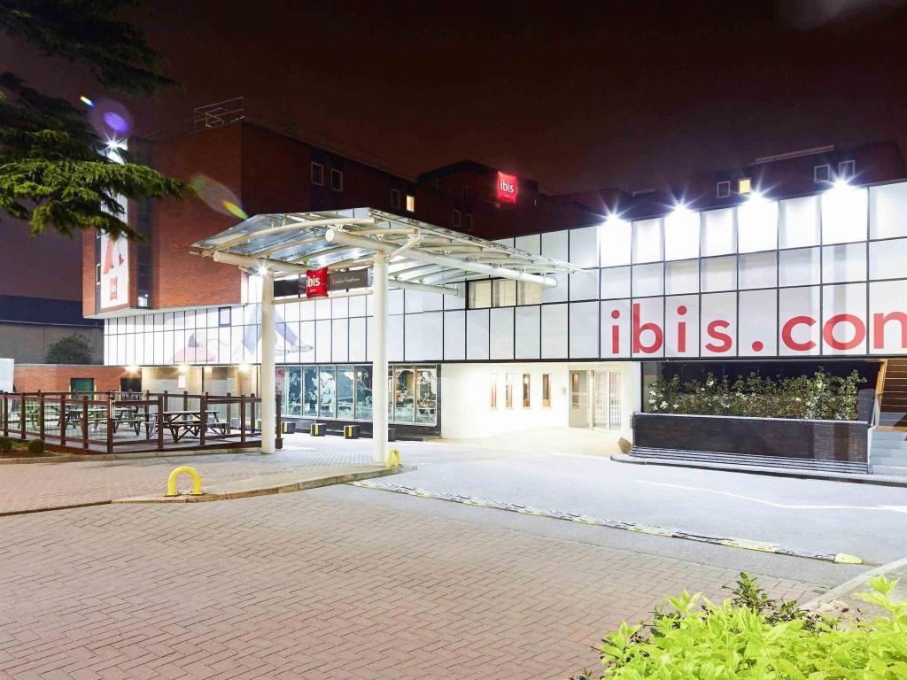 Best Price On Ibis London Heathrow Airport Hotel In London