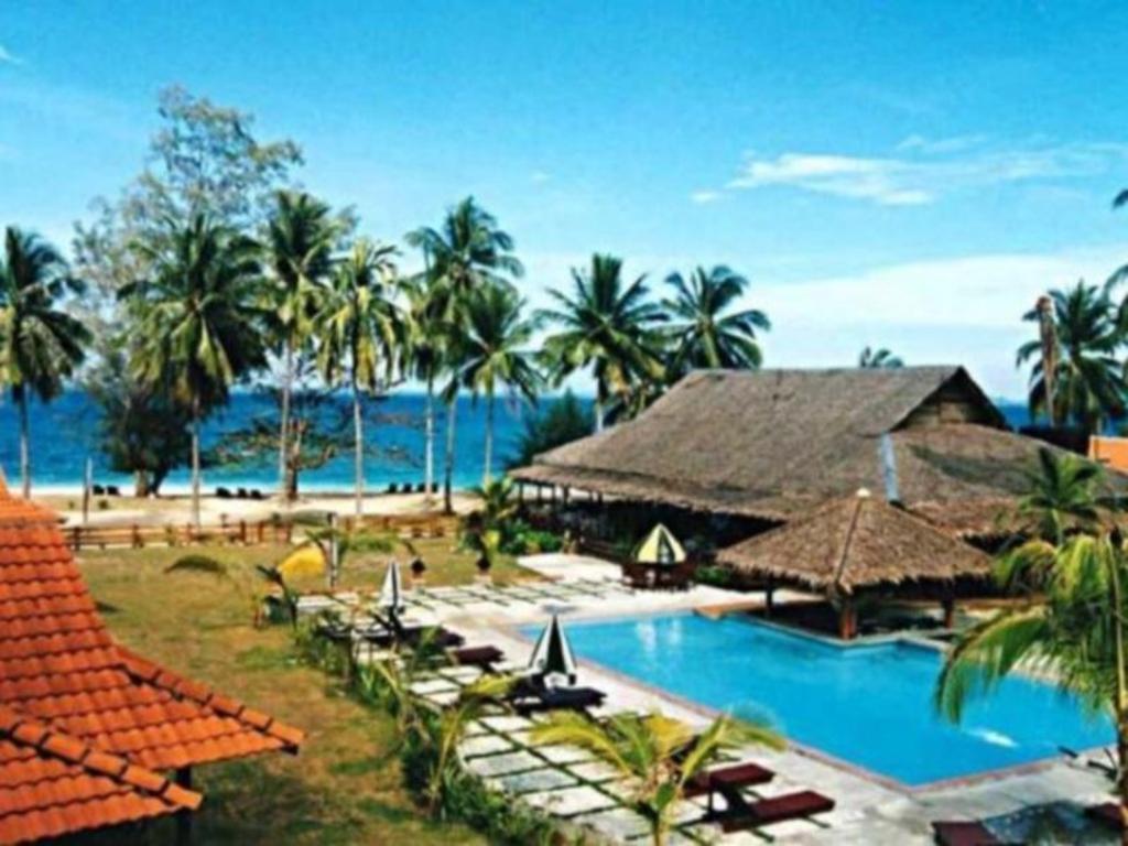 Dcoconut island resort