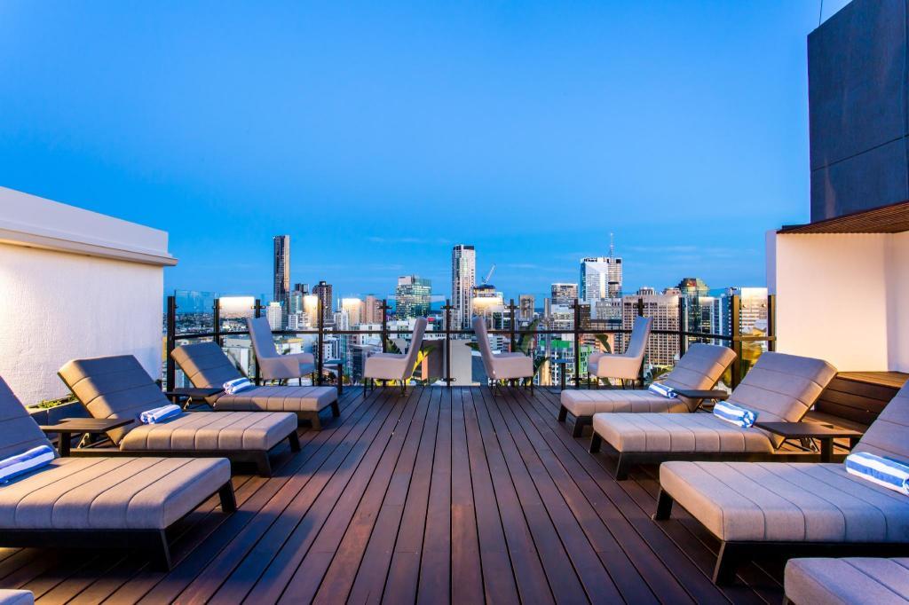 Hotel Grand Chancellor Brisbane in Australia - Room Deals ...