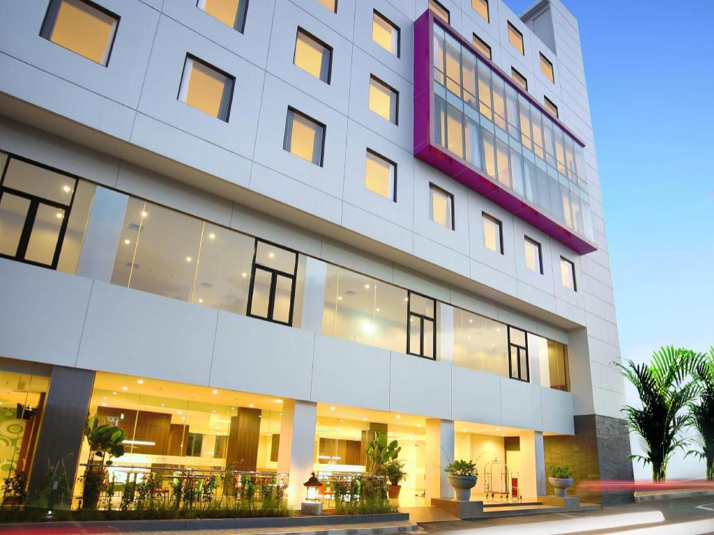 8b85f8120221 ファイブホテル ハイパー スクエア (Favehotel Hyper Square)|クチコミ ...