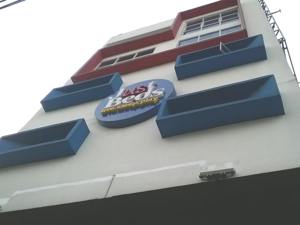 Best Price on Just Beds Apartments in Manila + Reviews!